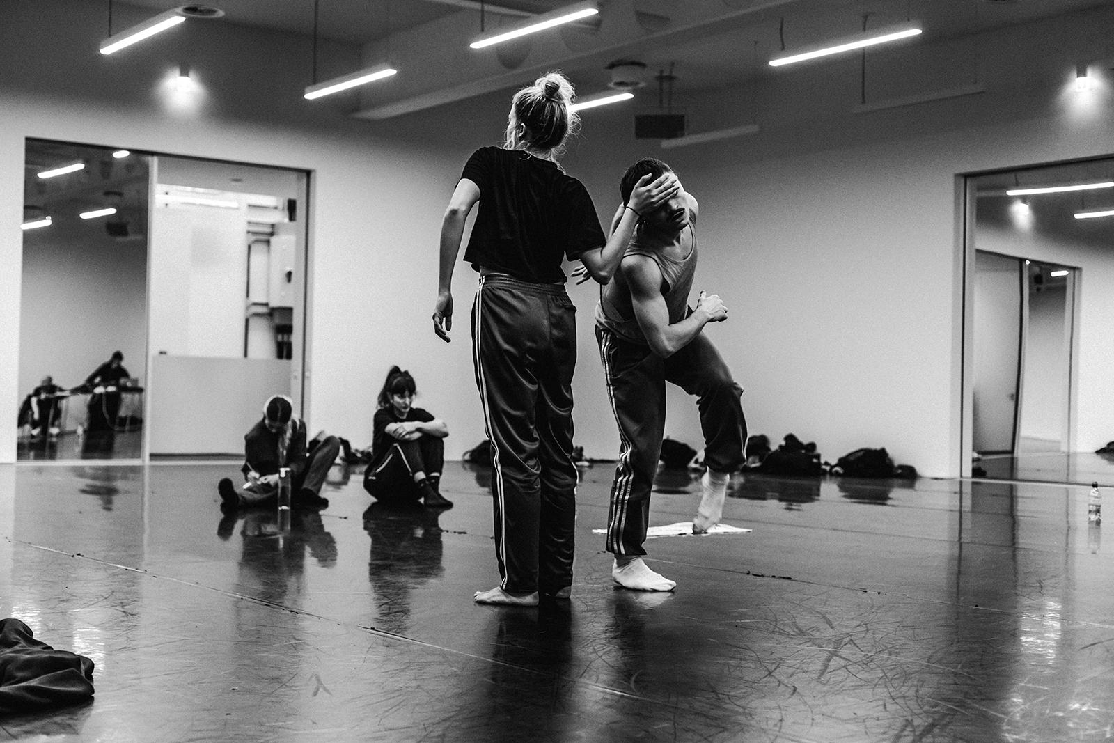 Dancers%202.jpg