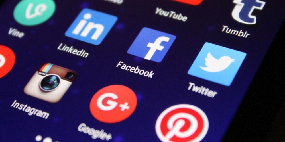 #offairwithsharon Social Media