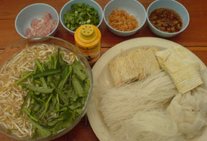 Thai-street-vendor-Noodles-Ingredients