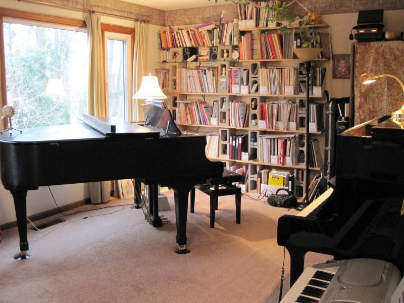Middlebury piano studio home for Www home piani foto