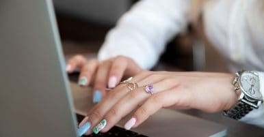 4 Steps To Making A Successful Jewelry Business Website