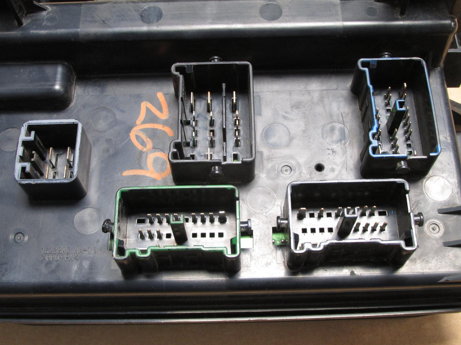 2006 06 dodge magnum charger 300 fuse box relay ... fuse box diagram for 2006 ford f 150
