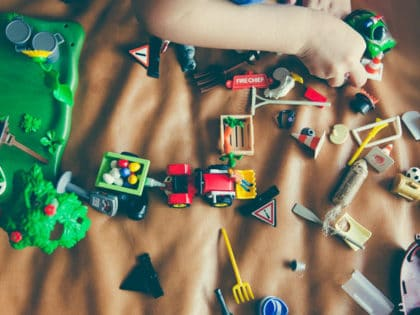 Best toys and games for teaching kids code header