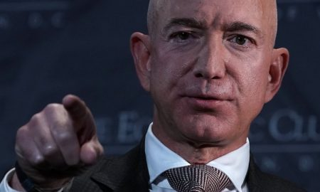 jeff bezos pointing finger