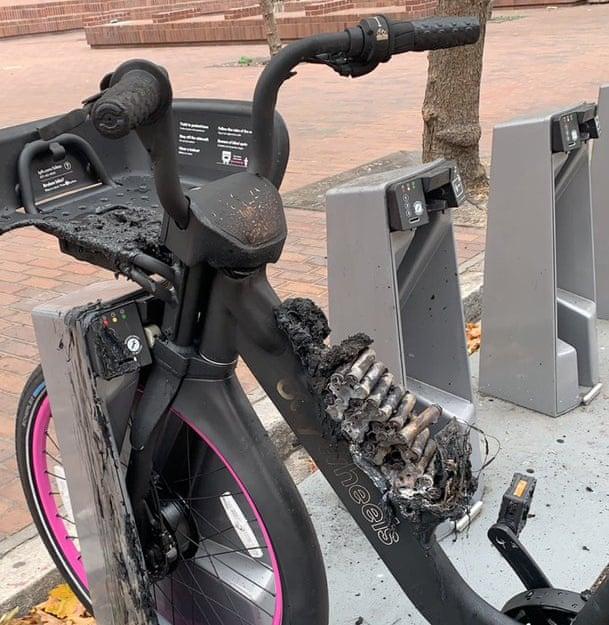 Lyft Electrci bike that caught fire.