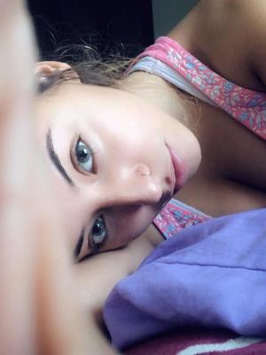Lola Grey