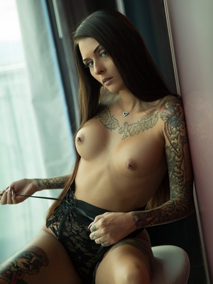 Tell potd nude solo girls