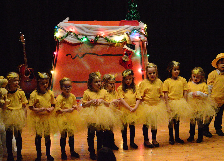 members of the woodstock and friends group sang little snowflake in broadway productions a charlie brown christmas musical play presented at the pta