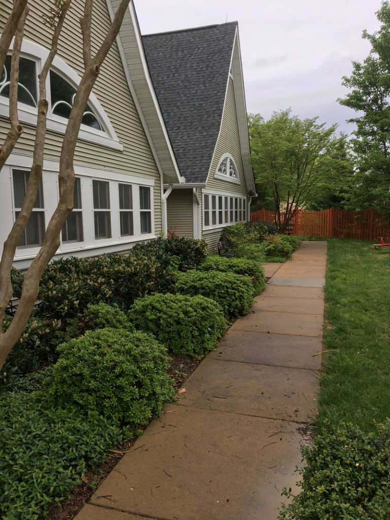 How Power Washing Improves Your Curb Appeal