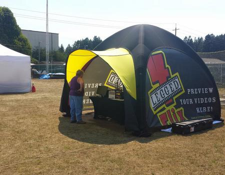4 Legged Flix Inflatable Tent