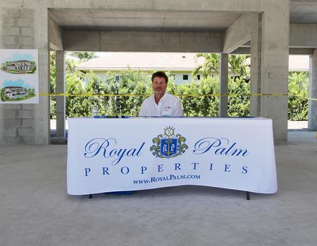 Royal Palm Properties Table Cover