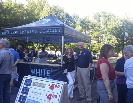 heavy duty pop up canopy customized for White Lion Brewing