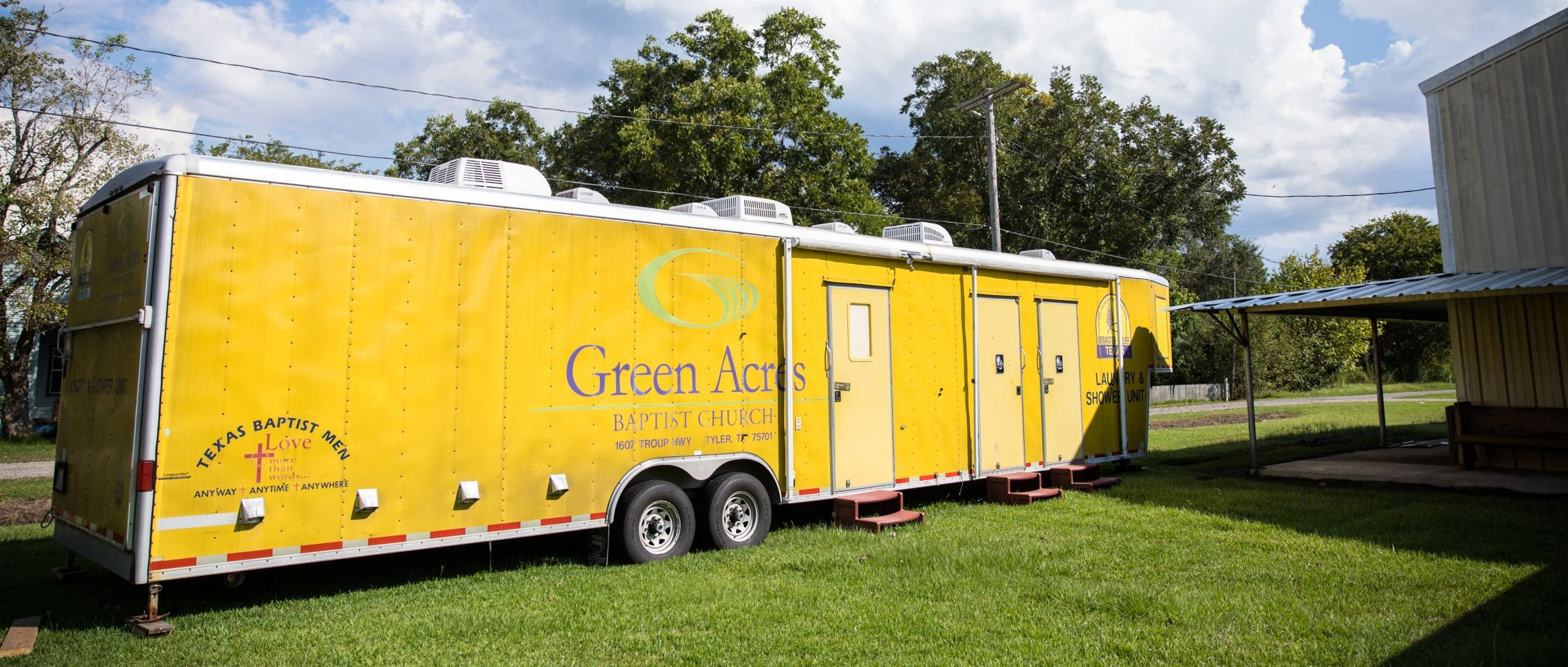 Texas Baptists News Your Trailer May Not Have Been Originally Wired The Way Depicted And Green Acres Baptist Church Provides Encouragement Resources To Fbc Hull After Hurricane Harvey