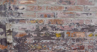 Painted brick 0042