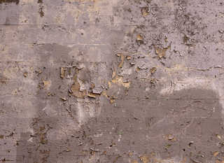 Cracked and crumbling concrete 0043