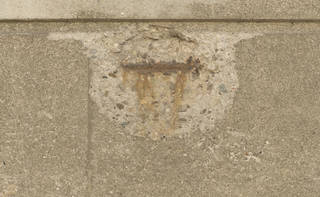 cracked-and-crumbling-concrete_0056 texture