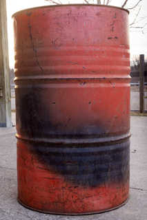 Oil drums and fuel tanks 0025