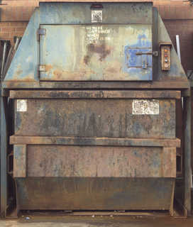 Trash containers 0026