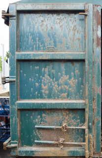 Metal doors 0016