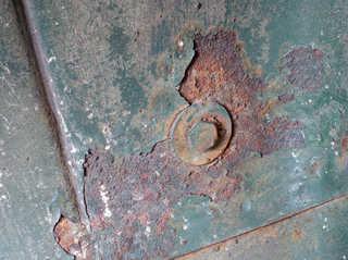 Texture of /metal/bolts-and-seams/bolts-and-seams_0024_03