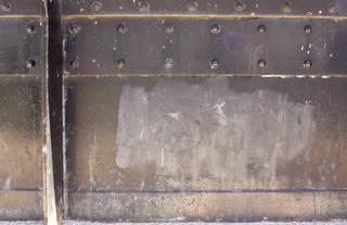 Texture of /metal/bolts-and-seams/bolts-and-seams_0081_02