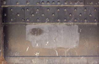 Texture of /metal/bolts-and-seams/bolts-and-seams_0081_03