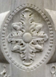 Statues and carvings 0034