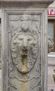 Statues and carvings 0039