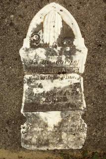 Tombstones 0195