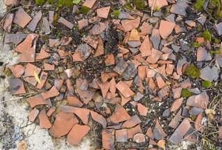 Broken tiles 0001