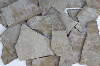 Broken tiles 0003