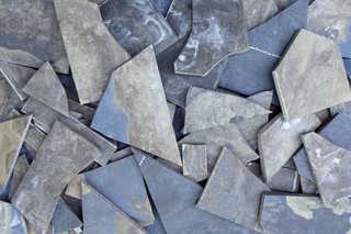 Broken tiles 0004