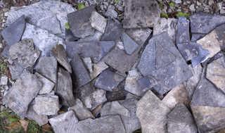 Broken tiles 0007