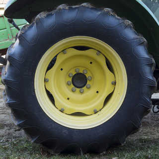 Tires and rims 0030