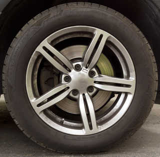 Tires and rims 0047