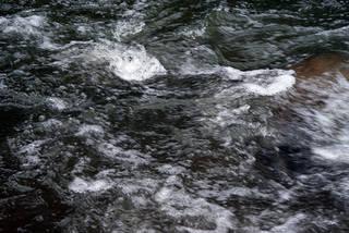 Foam and rapids 0009