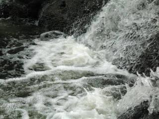 Foam and rapids 0028