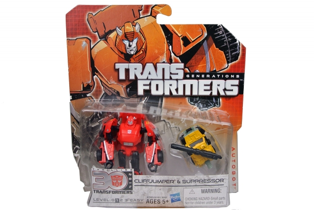 Transformers Generations Cliffjumper w/Suppressor