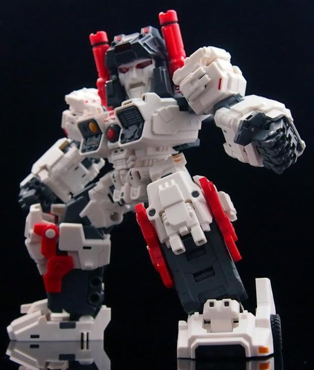 Master Made - SDT-01 - Titan