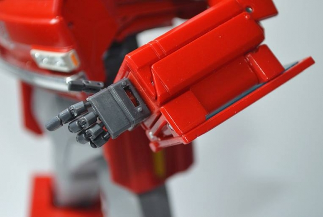 KFC - KP-12 Posable Hands For MP-27 Ironhide