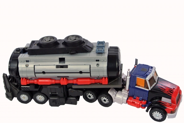 Transformers 2011 - Optimus Prime with Battle Tanker add-on - Loose 100% Complete