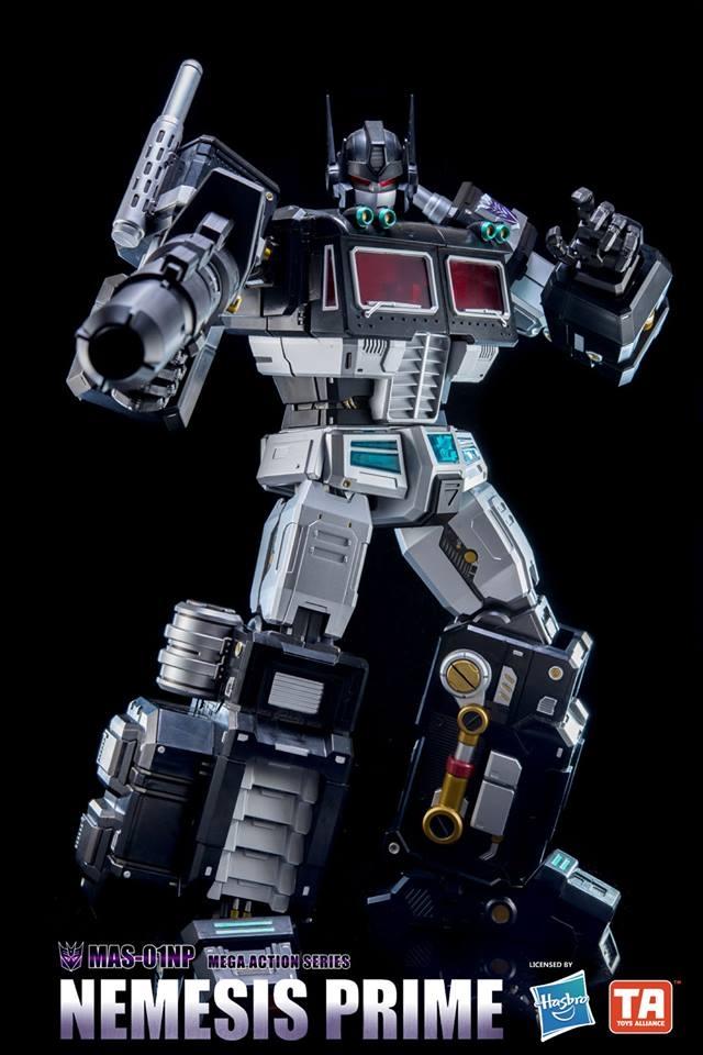 Transformers MAS-01NP Nemesis Prime Mega 18