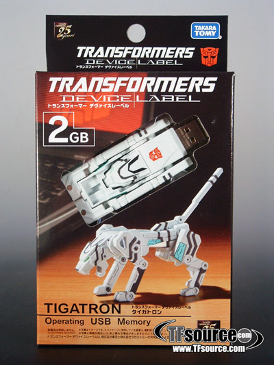 Device Label Transforming USB Flash Memory (2 GB) - Tigatron