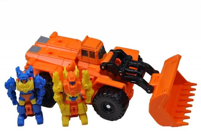 Transformers 2014 - Generations - Scoop - Loose - 100% Complete