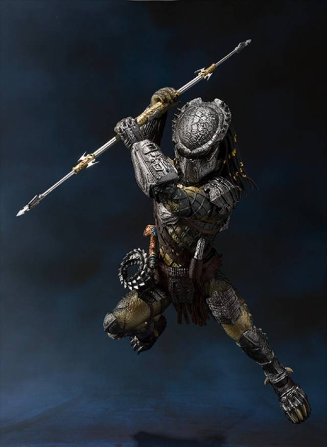 S.H.MonsterArts - Predator Wolf