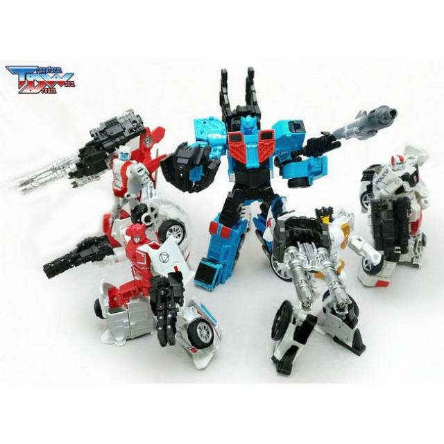 New Transform Dream Wave TCW-02 Upgrade Kit Apply IDW Defensor In stock