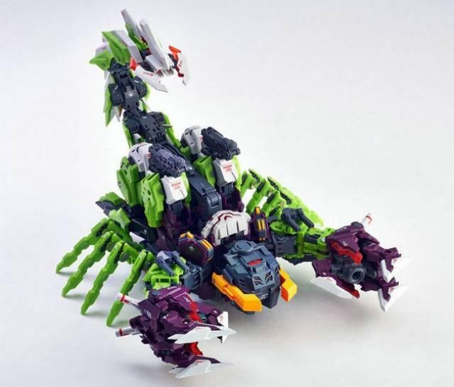 IN STOCK Transformers Master Made SDT-04 Destruction Scorpion Scorponok Figure