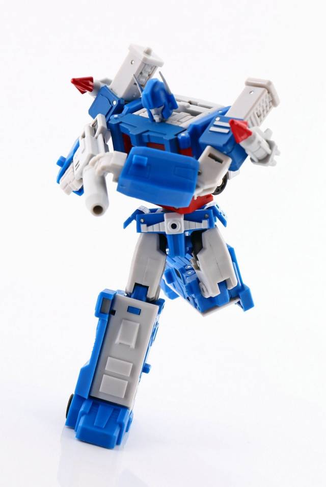 Transformers MS-TOYS Ultra Magnus MS-B04 Transporter in stock MISB