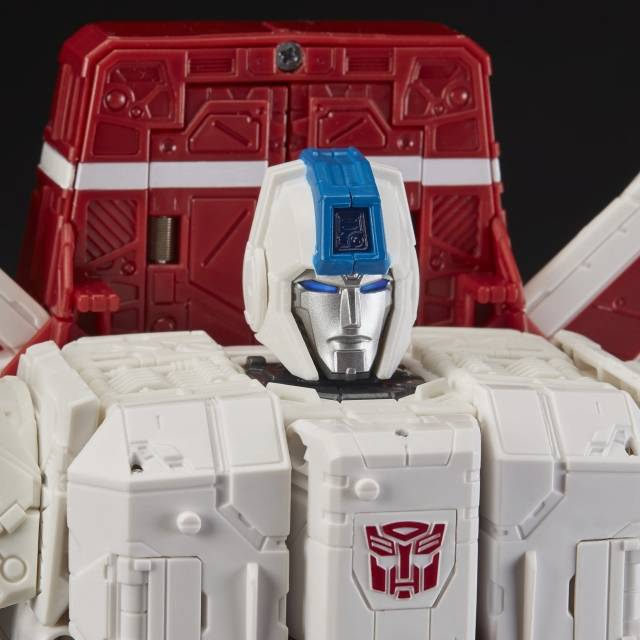 Transformers Generations Siege Jetfire Commander War for Cybertron 28 Cm Hasbro