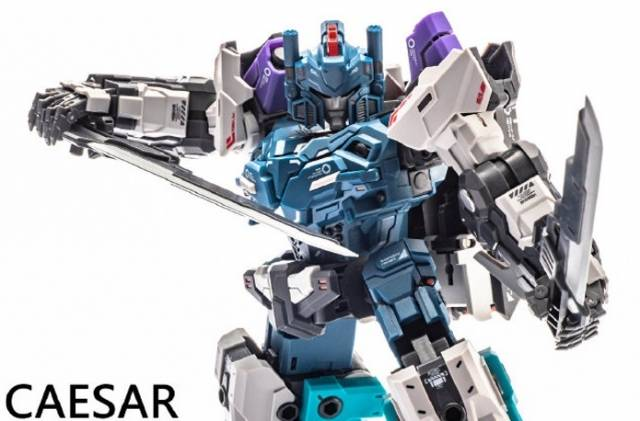 Transformation  ST-05  Caesar Statues Series In stock!